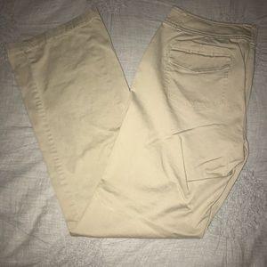 New York & Company Khakis Size 6 Average